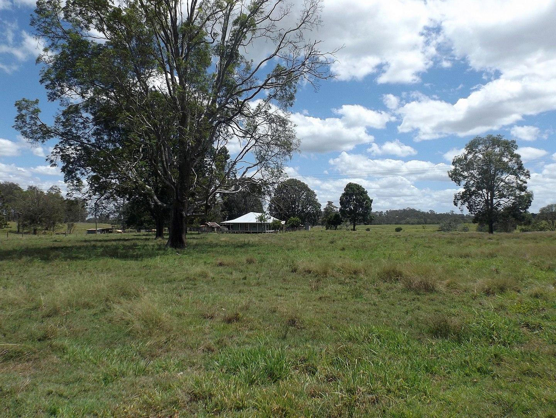 1440px-Fields_along_Cedar_Vale_Road_at_Cedar_Vale,_Queensland