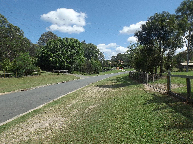 1440px-Richland_Drive_at_Bannockburn,_Queensland