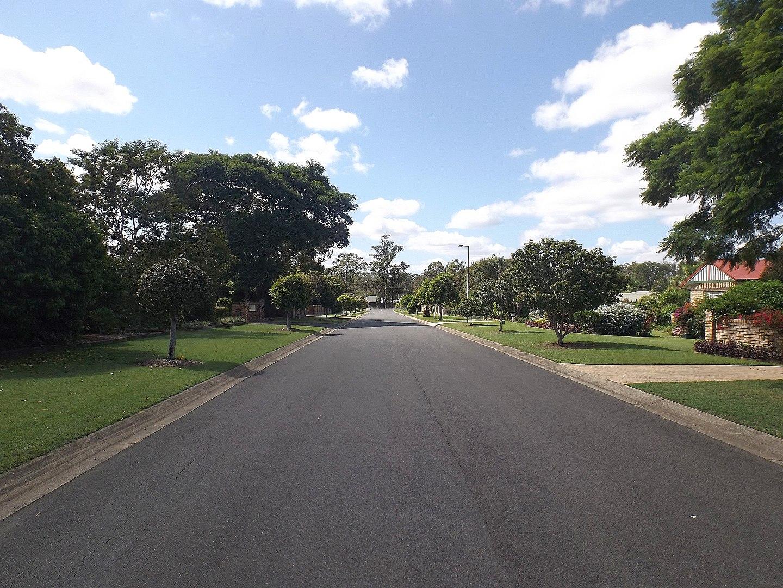 1440px-Stubbin_Street_in_Belivah,_Queensland